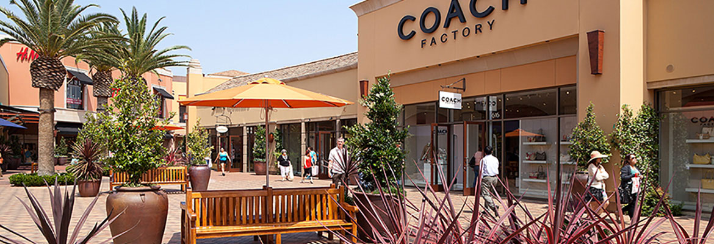 coach premium outlet tb0k  shopping in LA